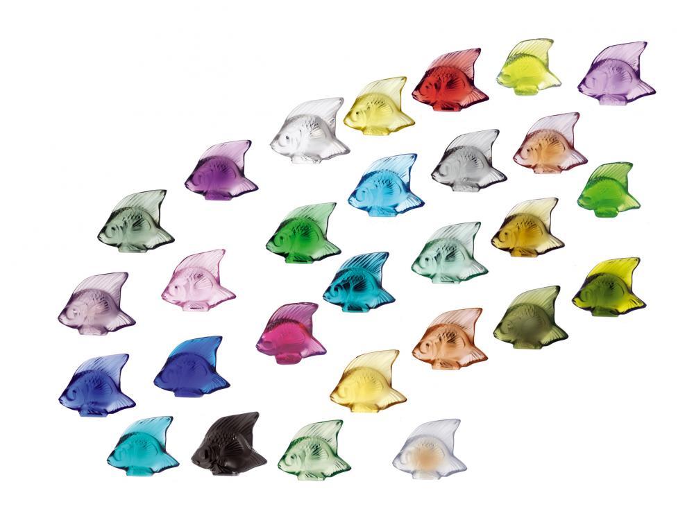 28 cachets Poisson en cristal de couleurs différentes